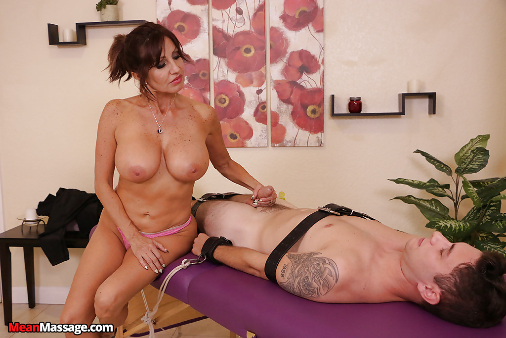 Jerking milf latina think