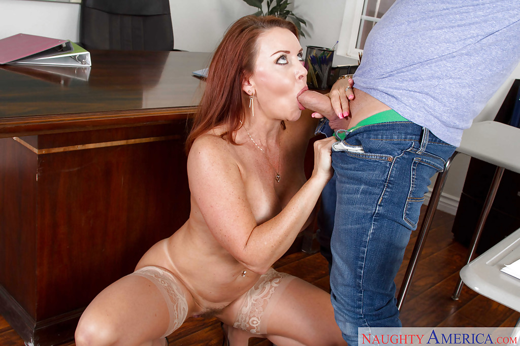 Milf Mama Teaches Teens Oralsex -