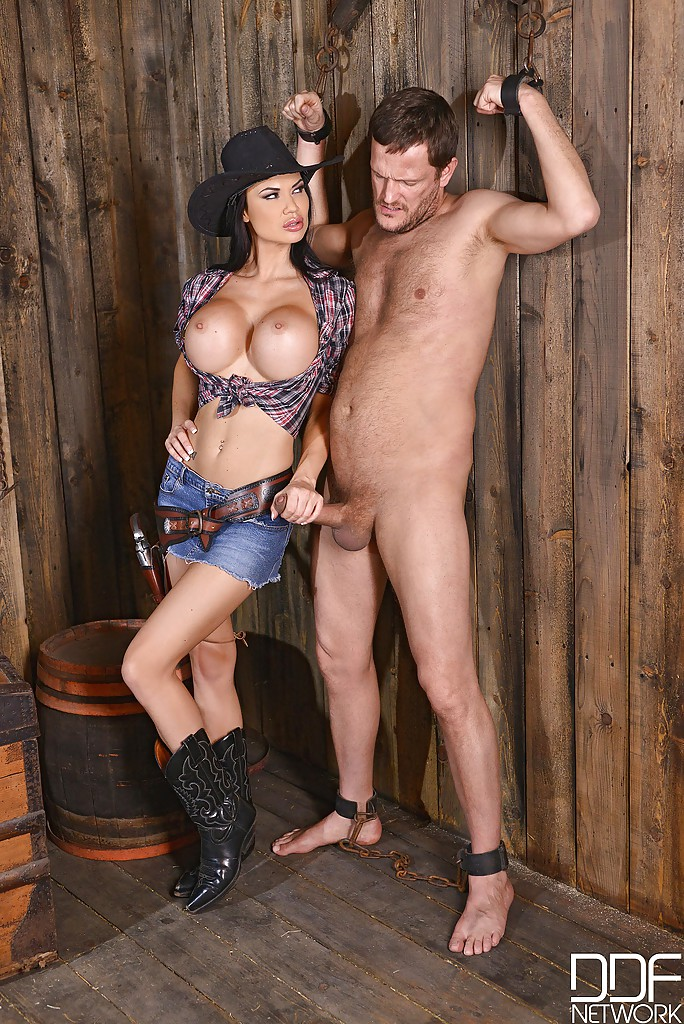 naked cowgirls taking a big dick