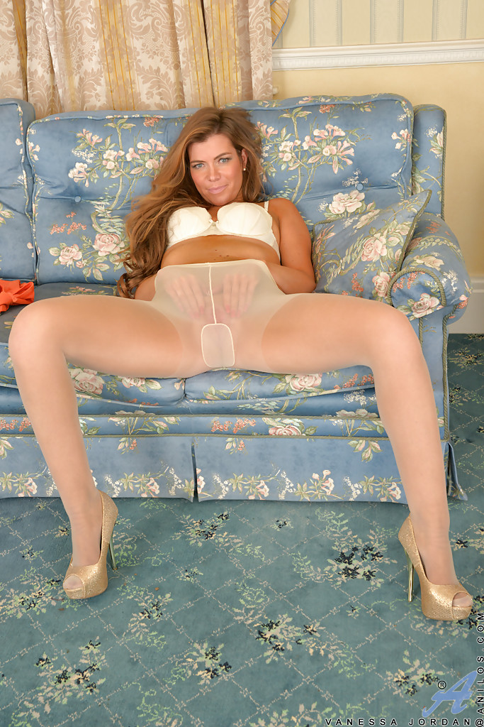 Posing In Pantyhose In