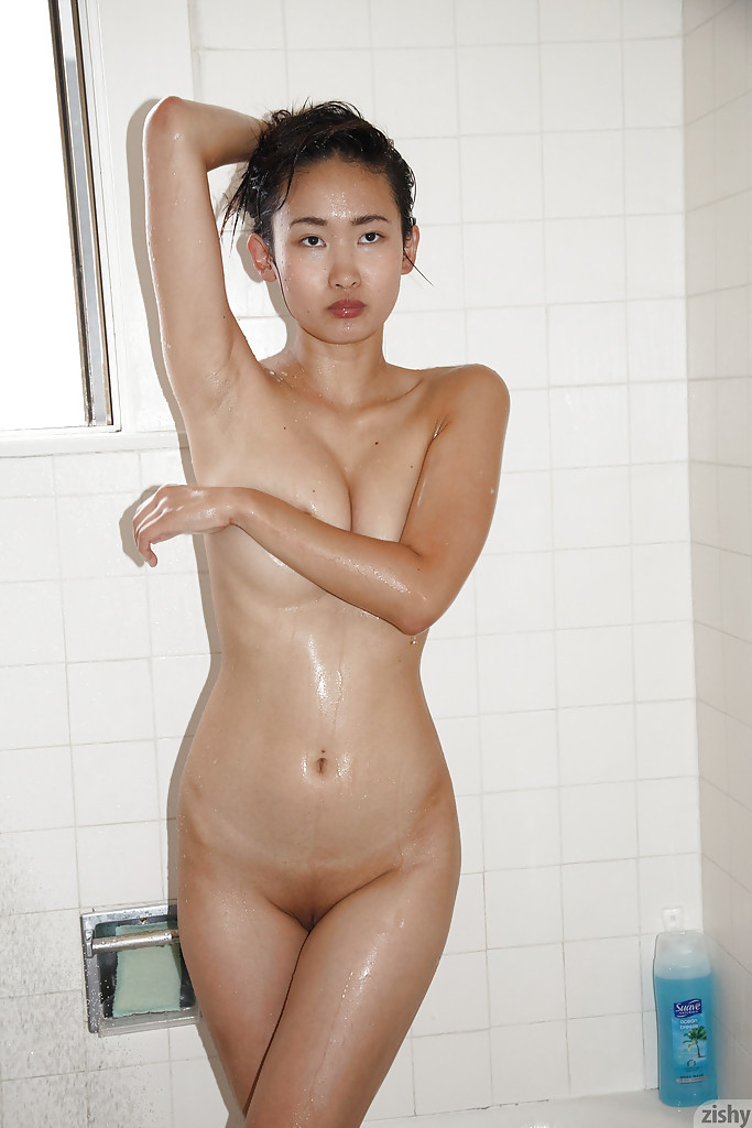 Opinion, Teen body is in shower wetlook