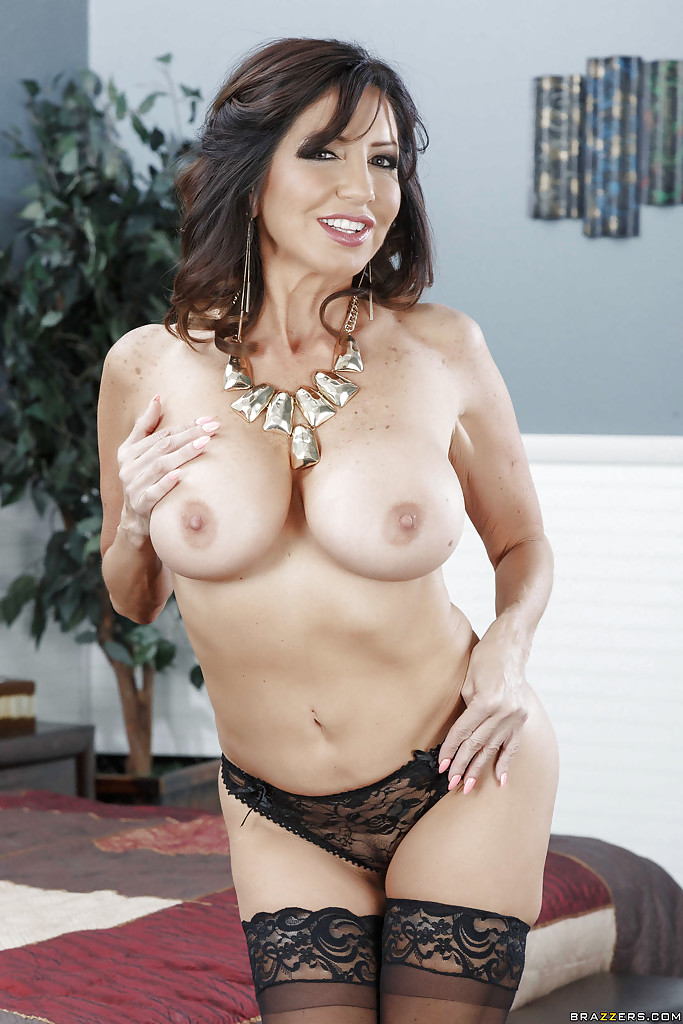 Milf with huge tits paid to fuck