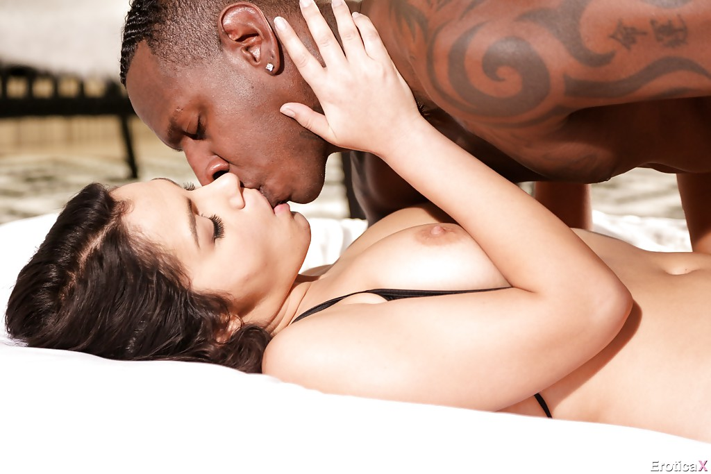Interracial kiss fucking