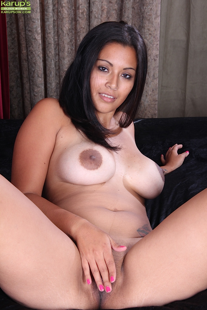 mexican hot mom naked