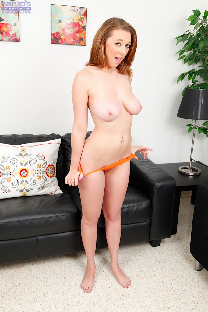Hot milf seduce sons friend