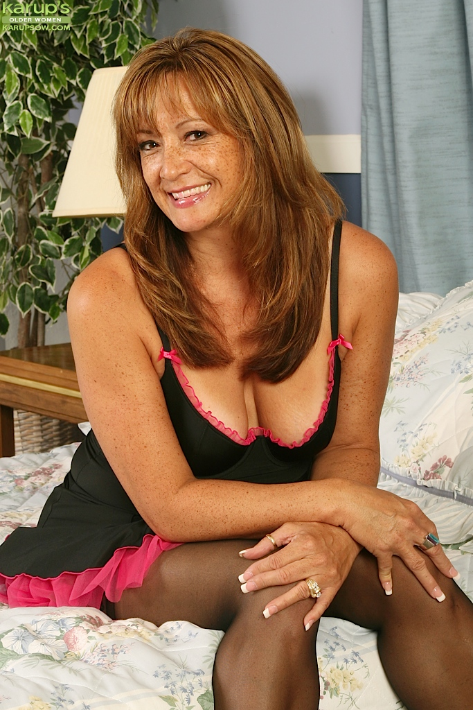 Belladonna pictures in pantyhose not