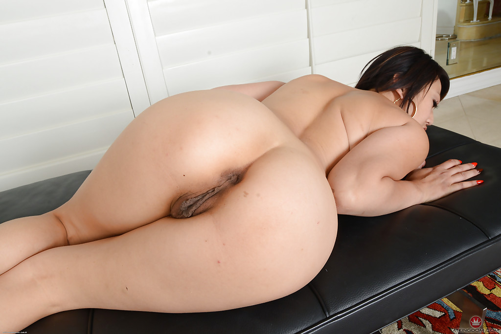 Fat Chinese Woman Pussy Nude Girls Pictures