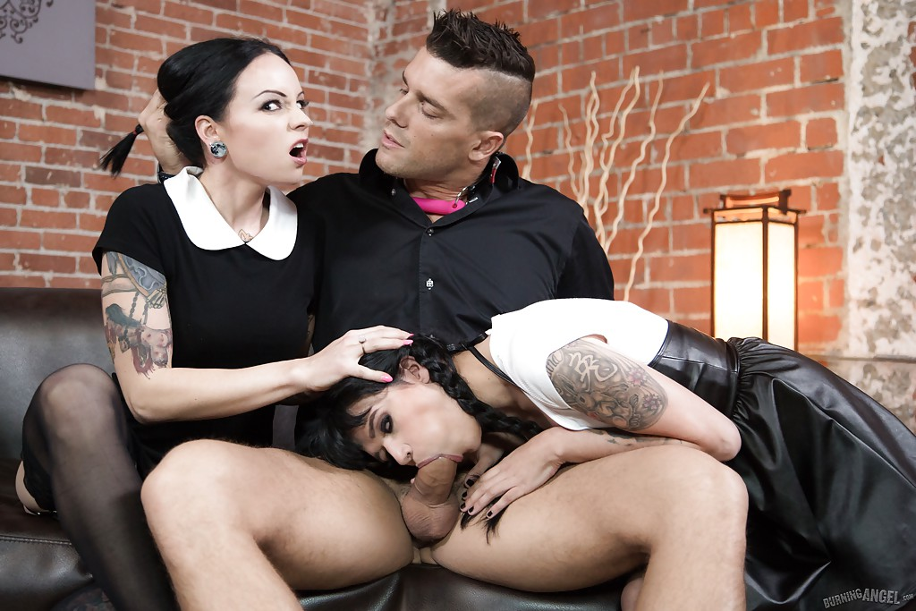 Charlotte sartre goth girl pussy - 3 part 1
