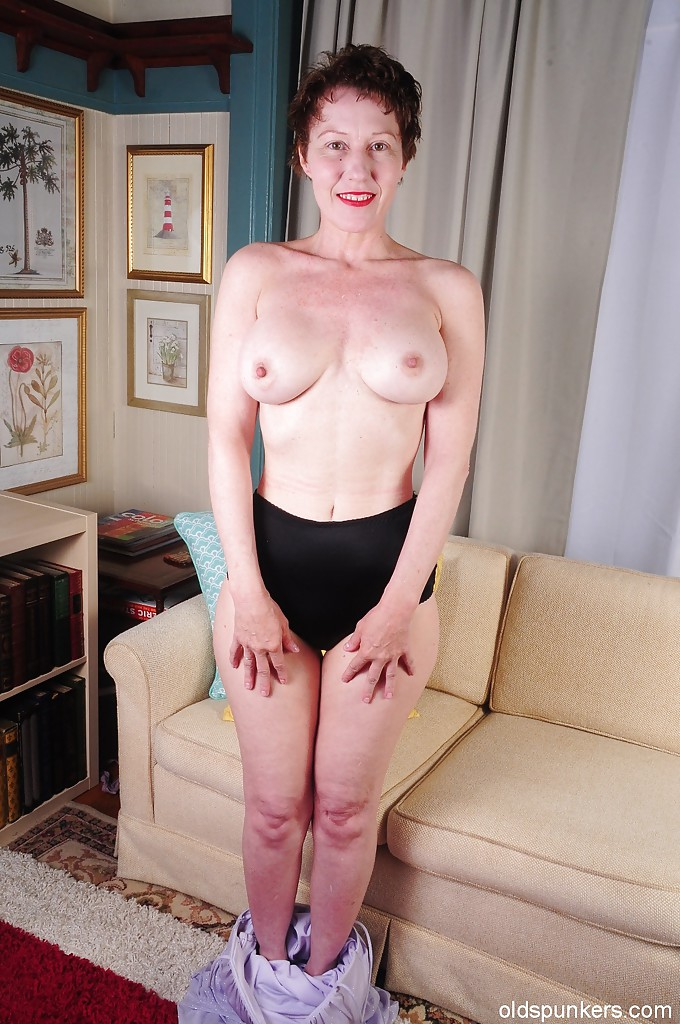 Mature hot bodies shaved pussy