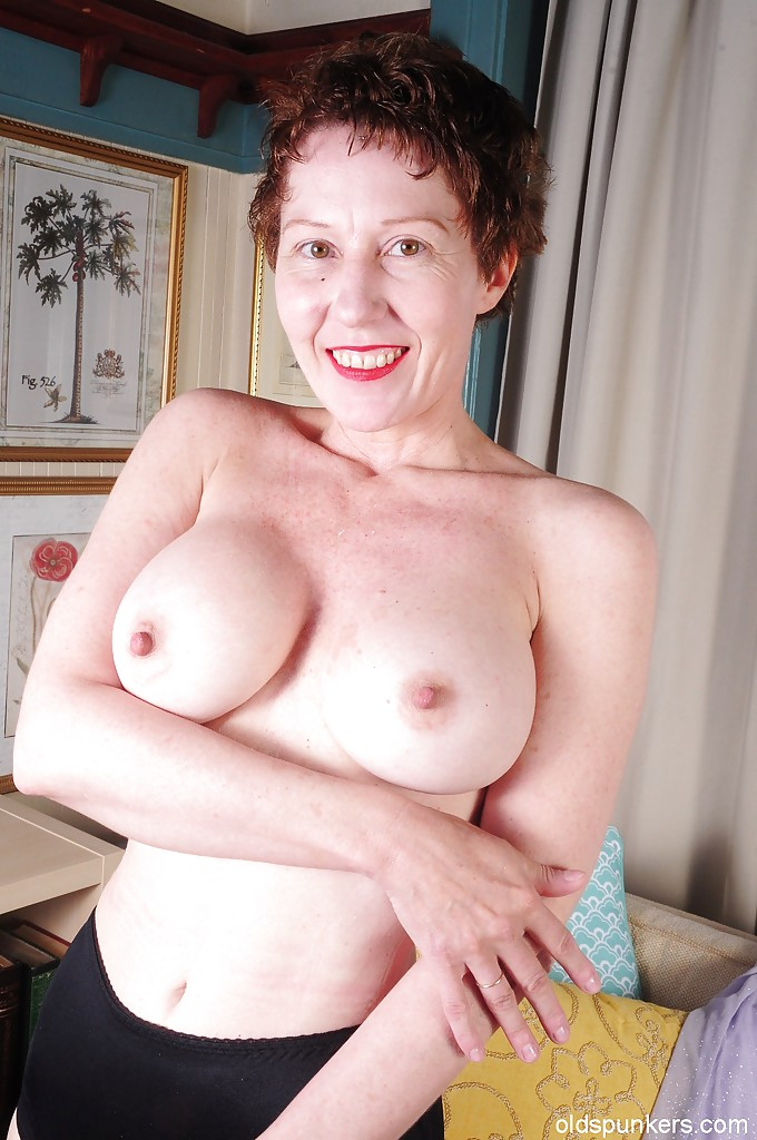 Fit Mature And Shaved