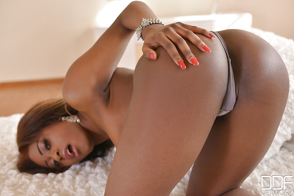 big black sexy nude ass