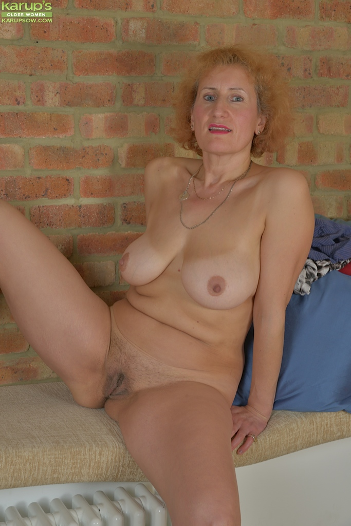 Milfs from england