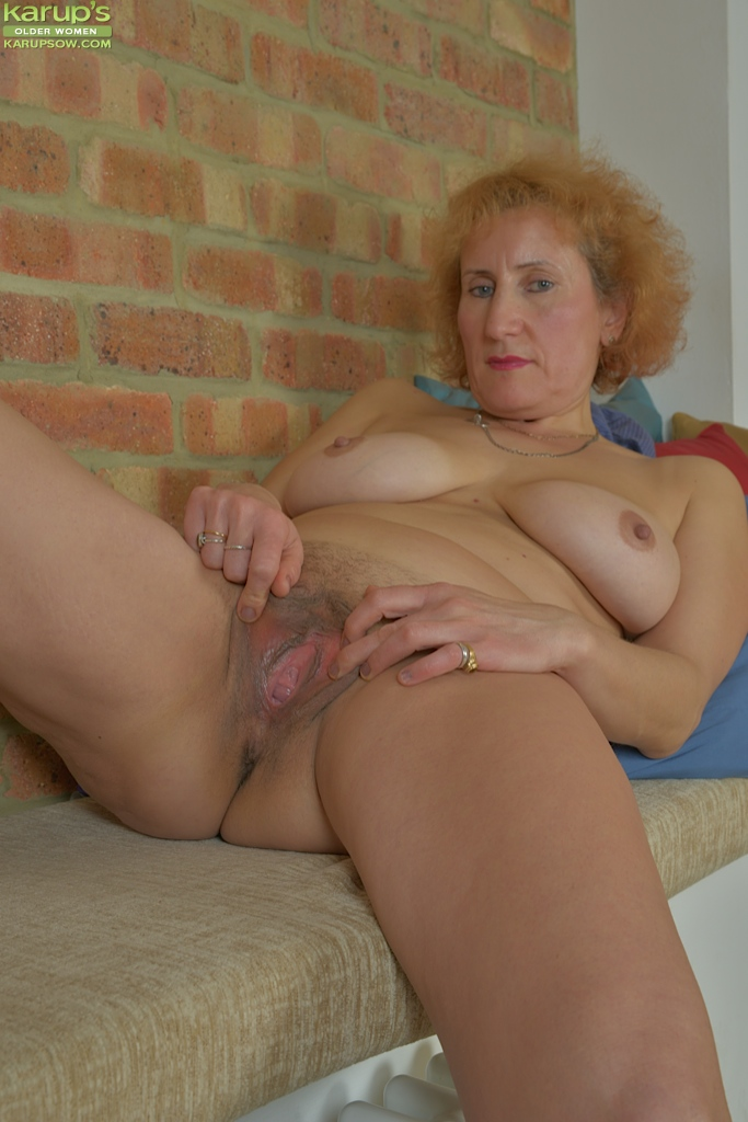 Upskirt Pictures Women Older#4