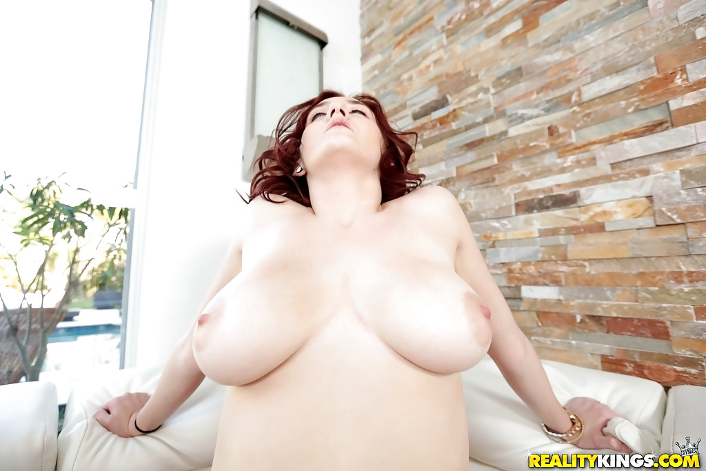 19615 redhead rides her sybian in seamless pantyhose 6