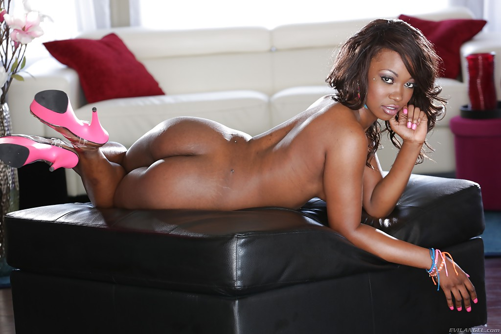 Hot nude sexy ebony black women