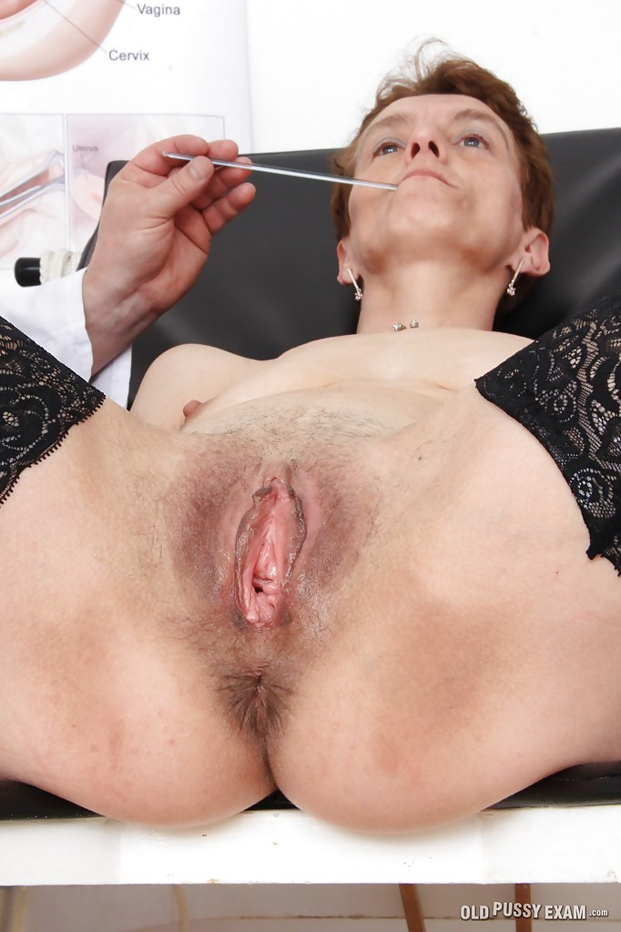 Sexy milf naked pussy