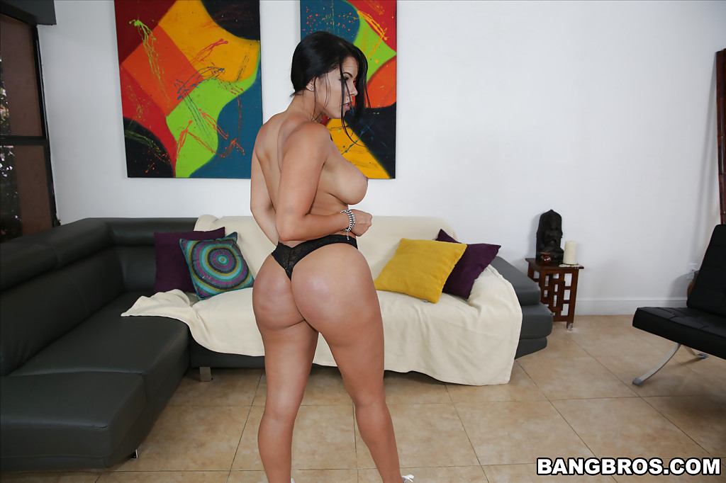Phat oiled booty