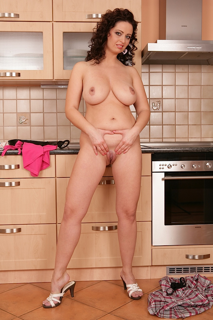 Big natural tits brunette kitchen