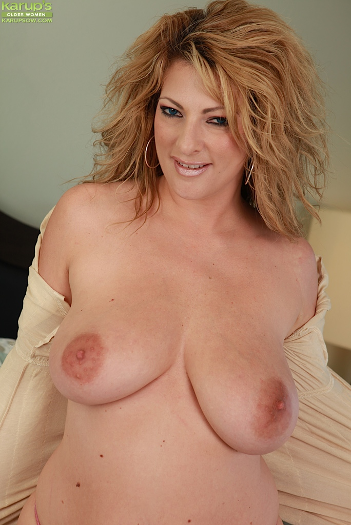 Exploited moms big tits