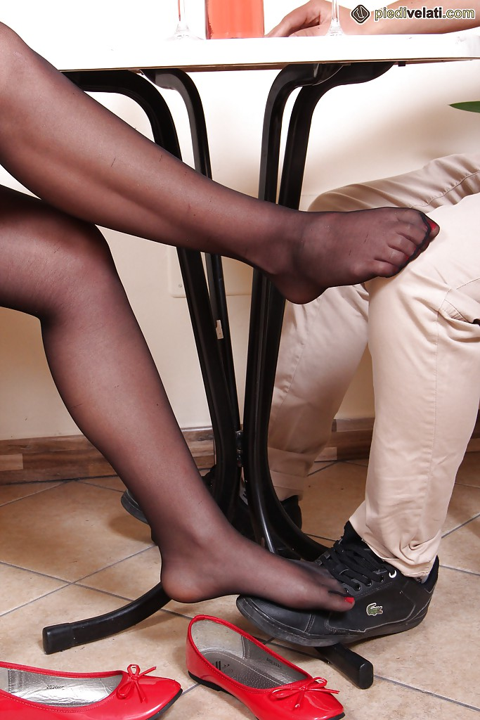 Shiny black pantyhose movies
