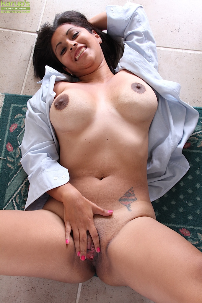Pussy flash hairy