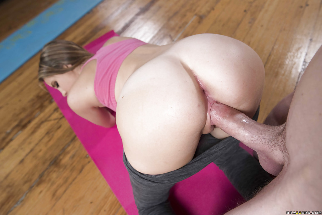 Useful Hot blonde girls yoga pants ass