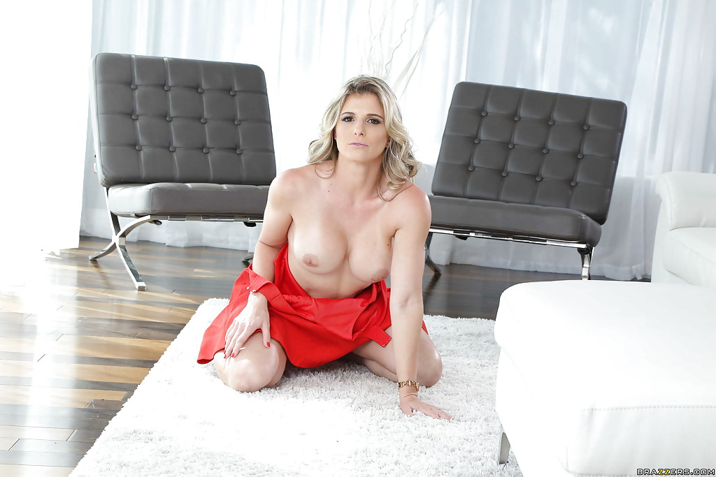 blonde cougar with big tits