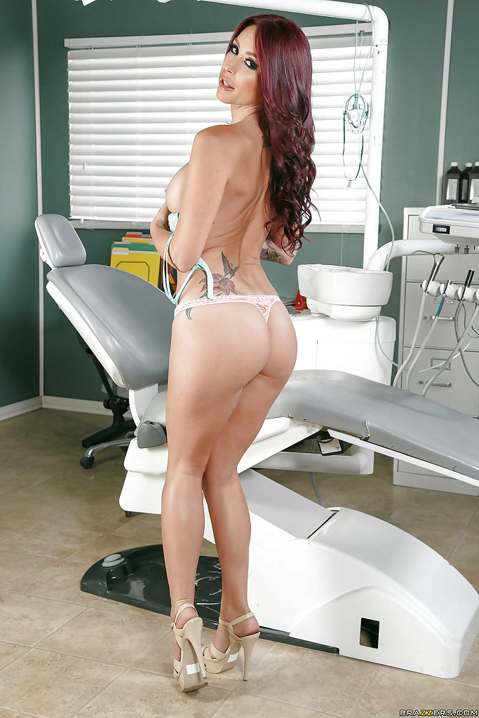 Nude at the dentist the