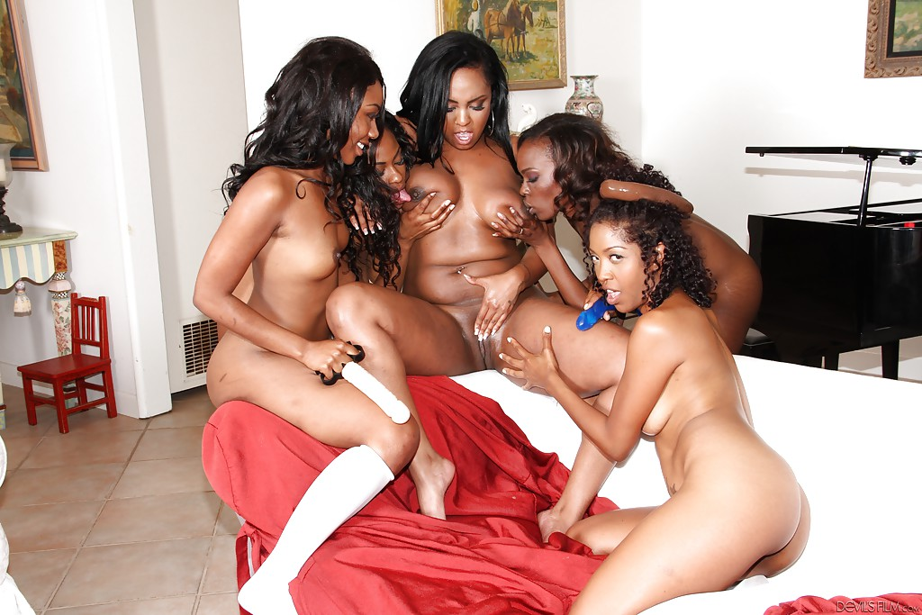 Free ebony group sex