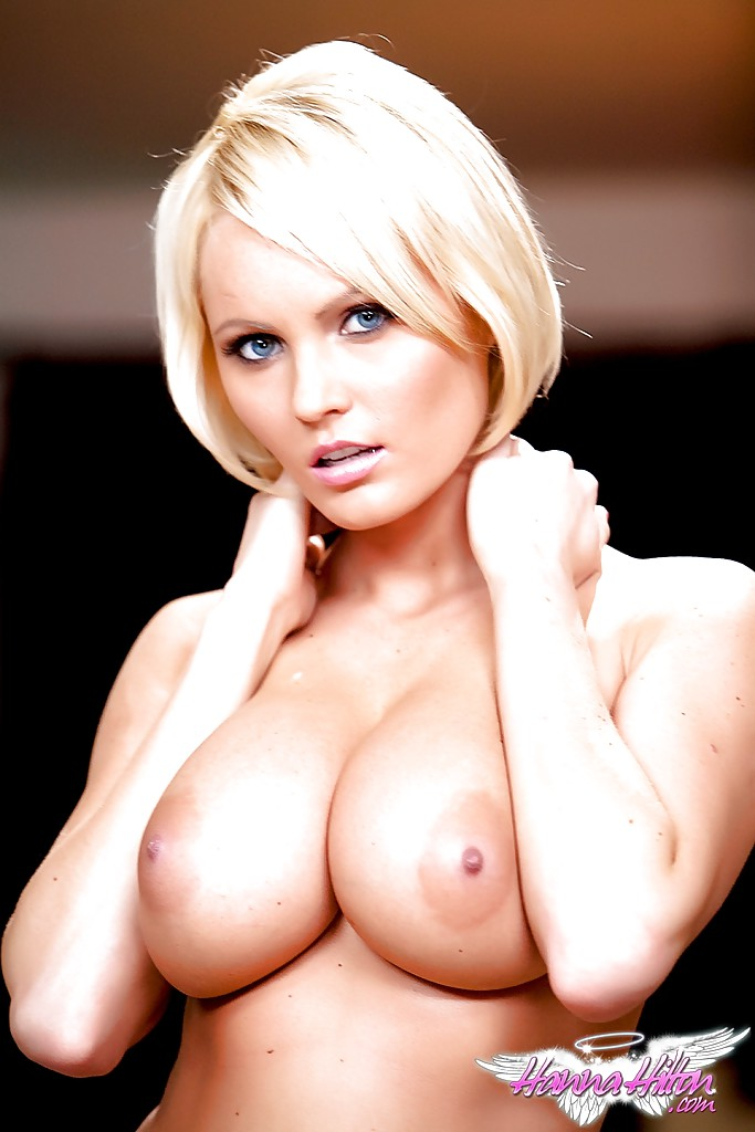 Sexy short hair blonde pornstar