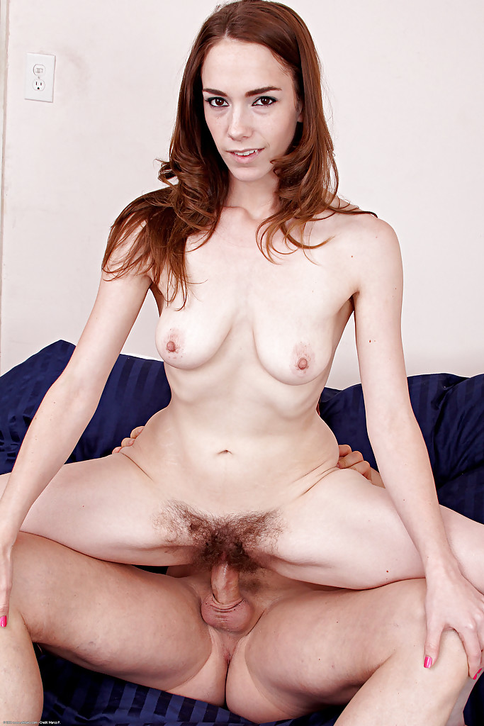 nude vagina hole spreads