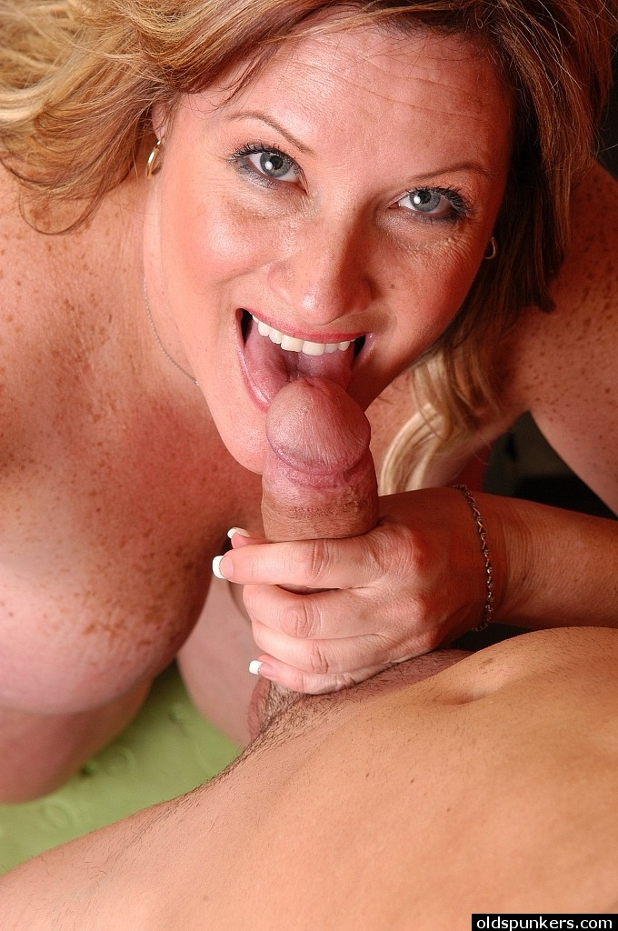 Giant boobed Bbw Deedra getting impaled doggy-style in weight room porn photo #322064530 | Old Spunkers, Deedra, Ass, Ass Fucking, BBW, Big Tits, Blowjob, Cum In Mouth, Cumshot, Facial, Handjob, Hardcore, Mature, Shorts, Sports, Undressing, mobile porn