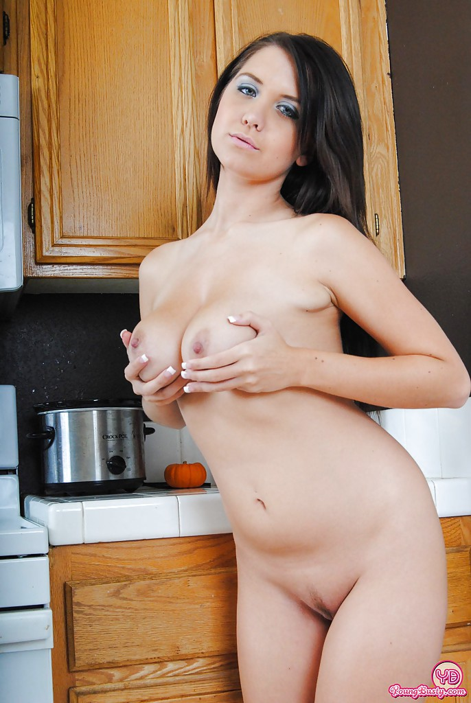Primecups brunette shows off her curves while fucking 7
