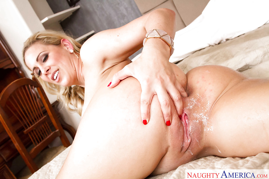 Big black cocks creampie amazin blondes pussy