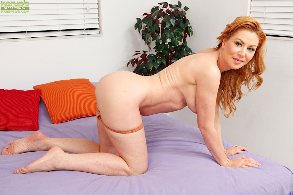 Mature women sexy poses consider, that