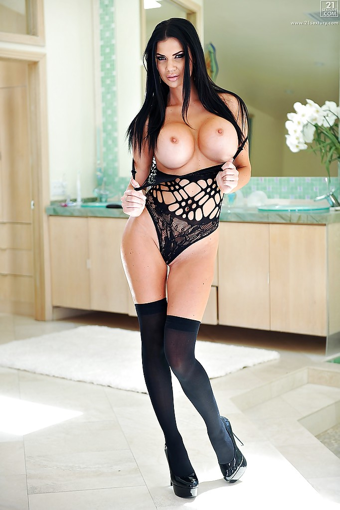 Milf Big Sultry 118