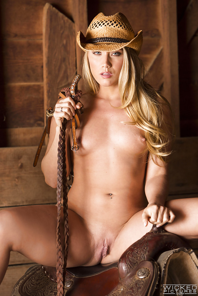 Guys nude country girl pic