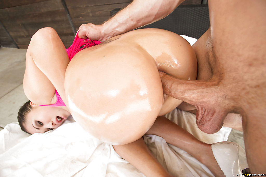 Big Butt Porn Stars Doggy - ... Asian pornstar London Keyes taking doggystyle fuck with anal beads in  ass ...