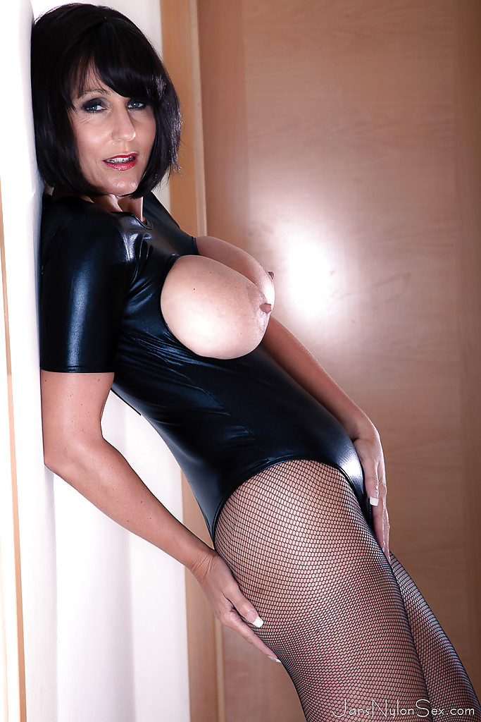 Hot!! love busty european ladies