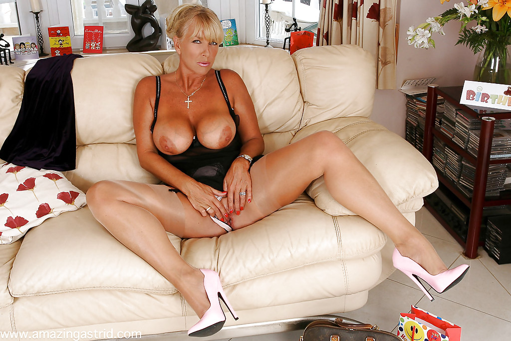 Milfs with black cocks