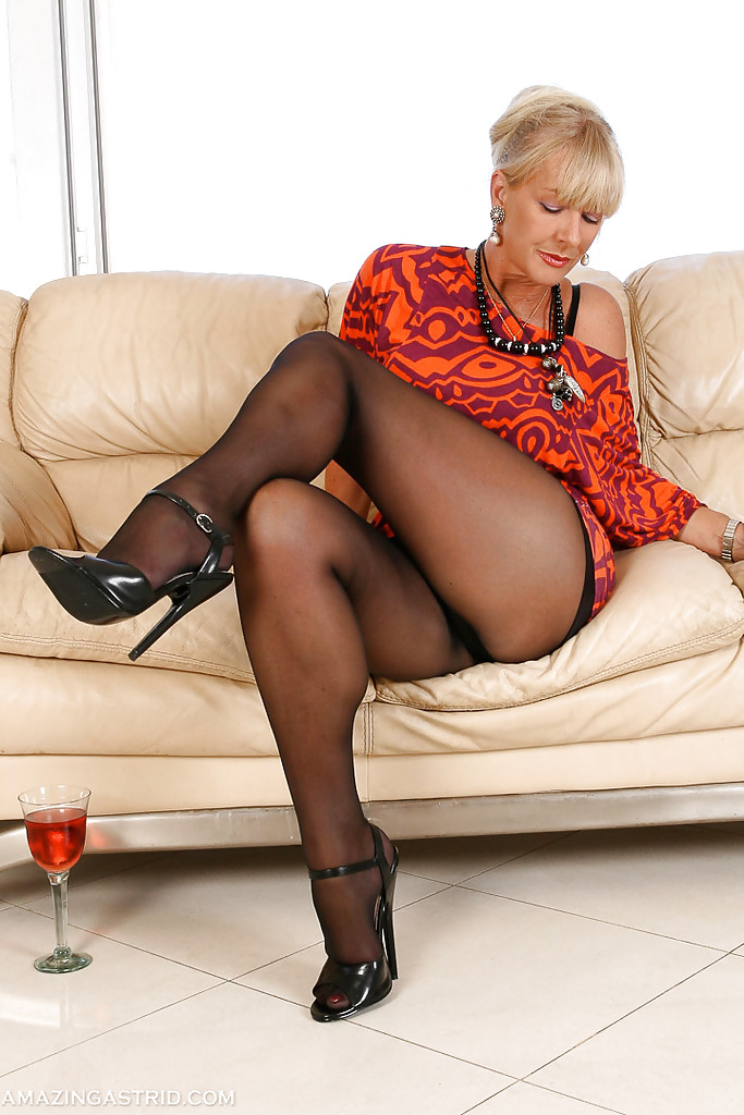 The time Mature pantyhose heels