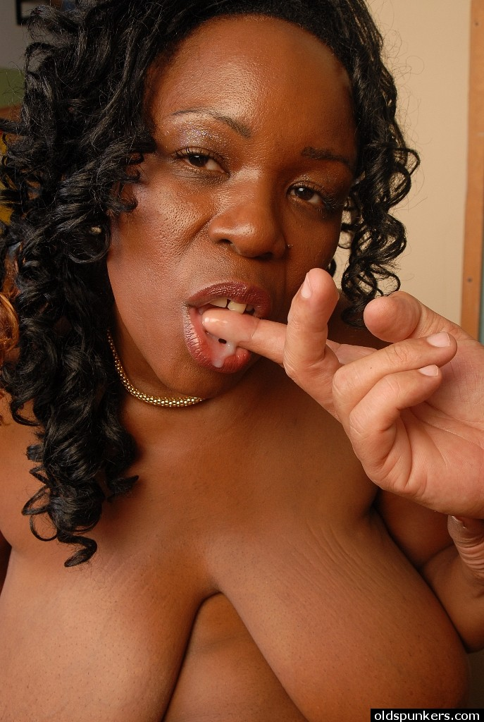 Big tit ebony videos