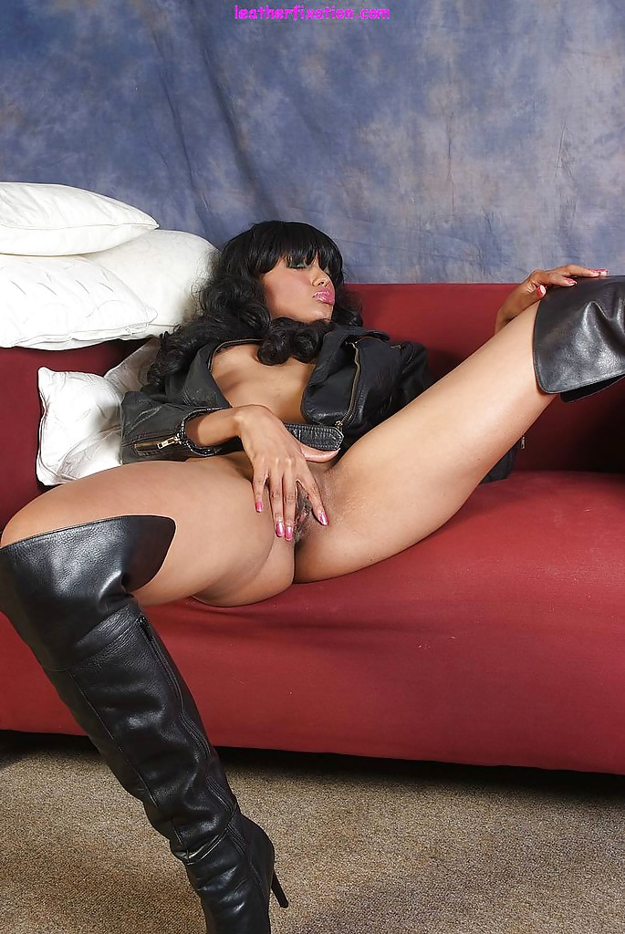 Pussy in the boots