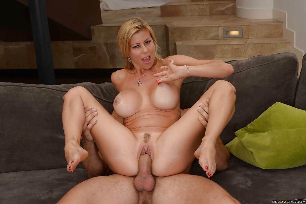 Blonde Milf Lingerie Threesome