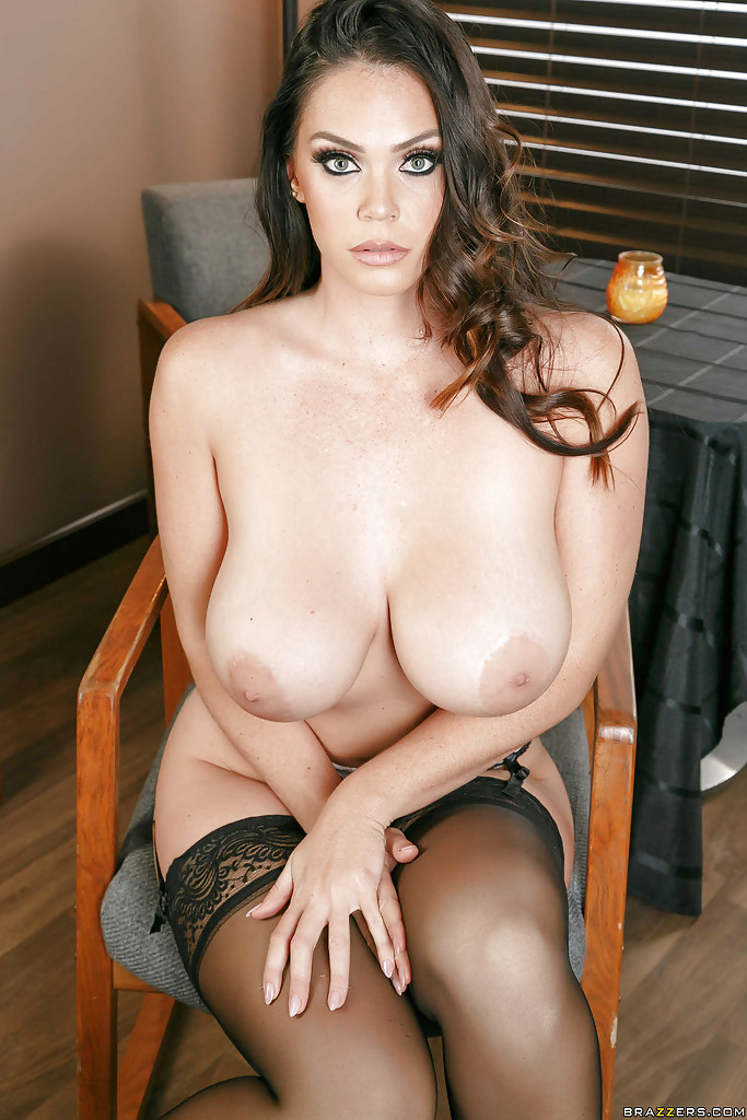 Buxom Wife Alison Tyler Showing Off Big Ass And Large -4104