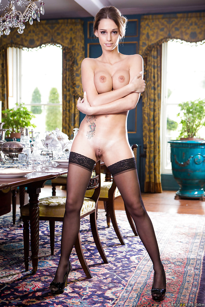 hot-naked-maid-pics-sexy-scottish-lady