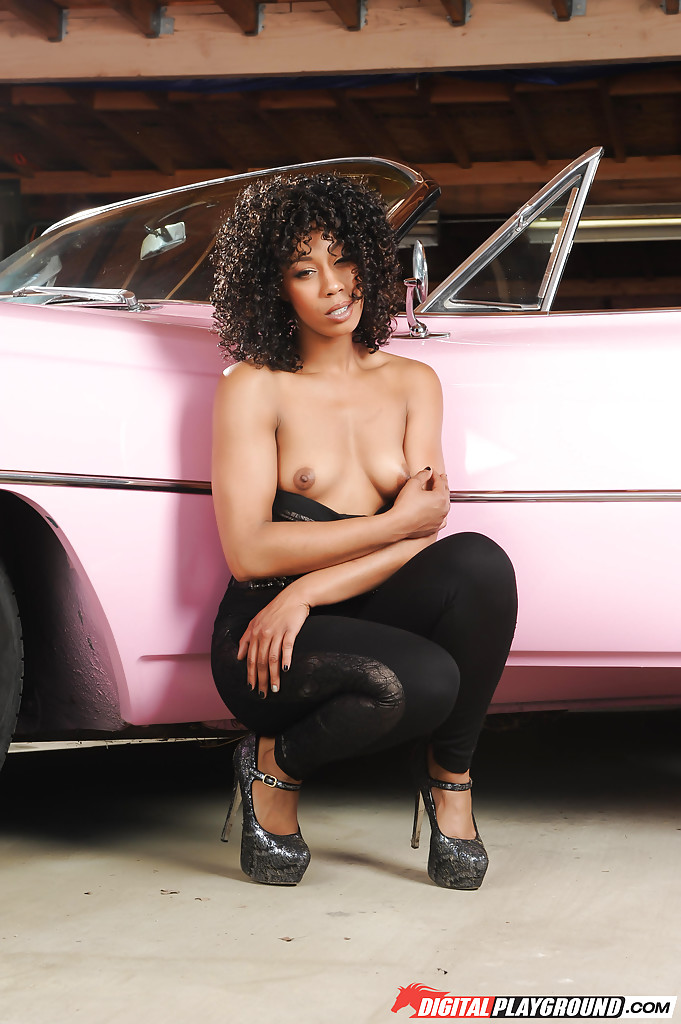 Misty Stone Solo Porn - ... Hot black chick Misty Stone modeling solo for sexy topless photos ...