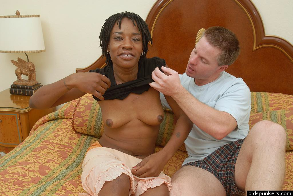 Woman pussy eating photos