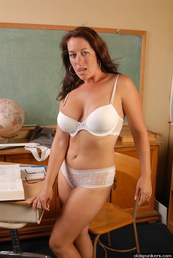 Busty old spunker is an amazing hot fuck and loves cum 5