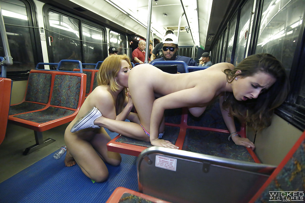 bus ass worship